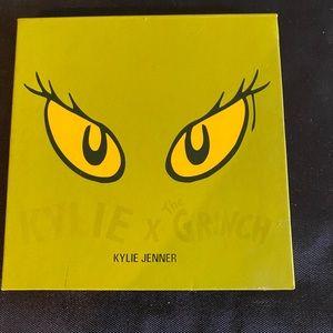 Kylie Cosmetics X The Grinch Eyeshadow Palette